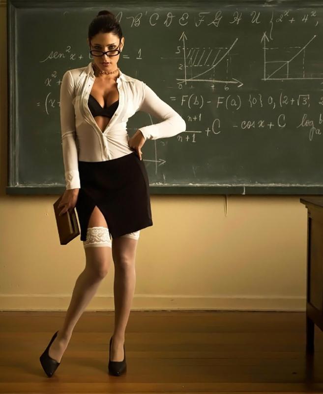 Сексуальная учительница очки мем фото 47-596