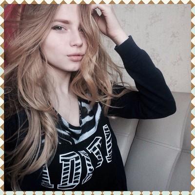 селфи девушек блондинок фото
