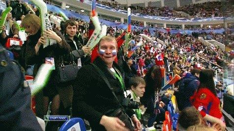 Болельщик Сборной России по Хоккею Пожелаем нашим мужикам удачи и взять золото!!!!