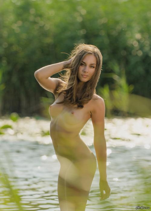 Доминирует порно девушки на озере ню дом пенза фильме