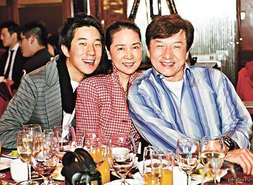 Джеки чан 2015 фото семья главные актеры с фильма сумерки