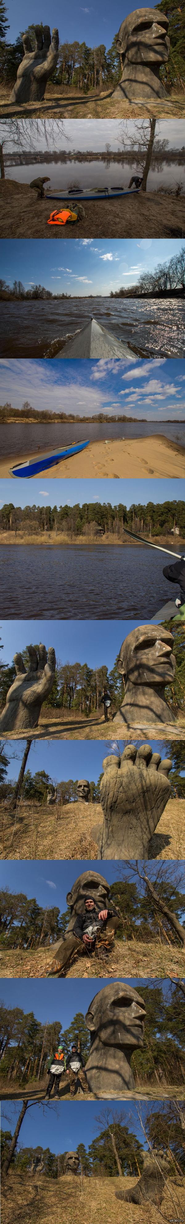 МОАИ Колокшинского Уезда От автора: - Вот такую статую обнаружили на берегу Клязьмы во время водного похода.