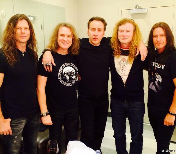 Николас Кейдж с Megadeth после вчерашнего концерта в Лас-Вегасе