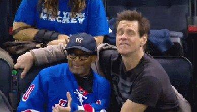Спайк Ли и Джим Керри на хоккейном матче