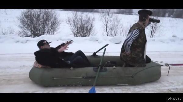 Украина наращивает группировку войск на границе с Россией В виду крайне низкой эффективности пехоты/танков/фосфорных бомб/вертолетов и авиации в АТО, было решено попробовать флот... Не, ну а вдруг?