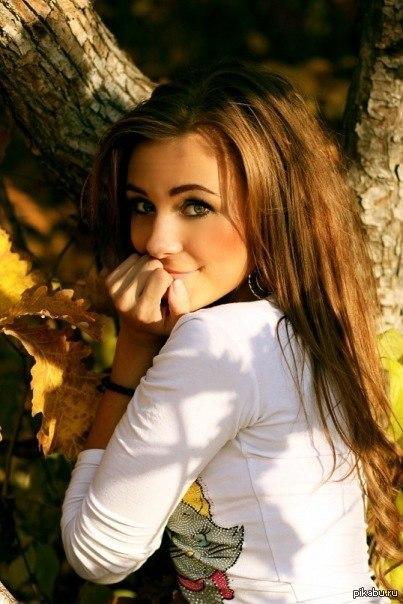 милая девушка в спер фото