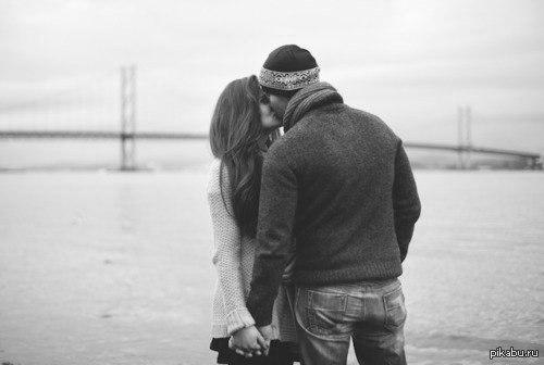 фото влюбленные целуются