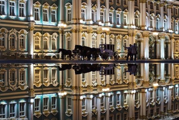 Экипаж. Дворцовая площадь, Санкт-Петербург.