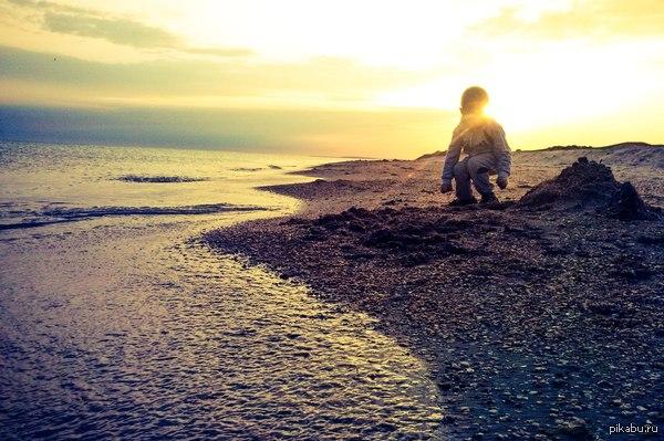 Битва закатов. Она ведь ещё продолжается? :D Анапа, Благовещенская, побережье Чёрного моря.