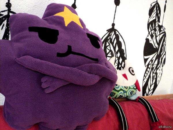 принцесса Пупырка метр флиса, 3 метра синтепона, нитку в руки и три вечера под кино. в подарок другу на  день рождения, это его любимый персонаж из АТ)