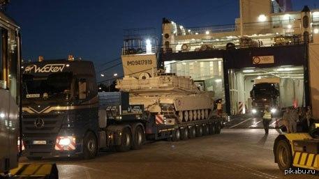 Танки США развертываются в 150 километрах от Пскова танки M1A1 Abrams, а также БМП Bradley и боевые бронированные машины Stryker.