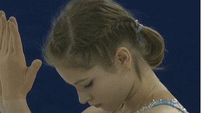 Юлия Липницкая заняла 2 место на Гран-при Китая Падение лишило Юлию первого места и  оно досталось россиянке Елизавете Туктамышевой