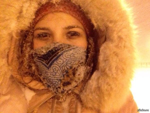 кому там снега не хватало? Харьков заметает!  даже сейчас хватает придурков на лысой резине:(  на моих глазах почти произошла авария:(