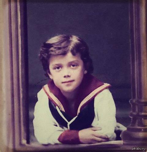 Великий Император Николай II в детстве.