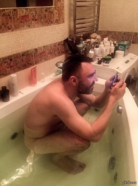 смотреть ванной русская в жена мастурбирует