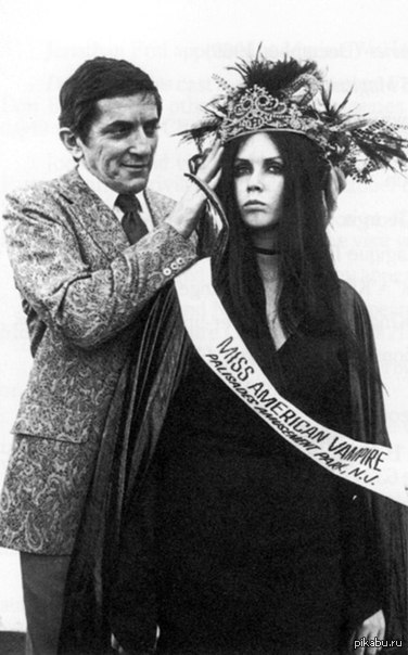 Победительница конкурса Мисс Американский Вампир.