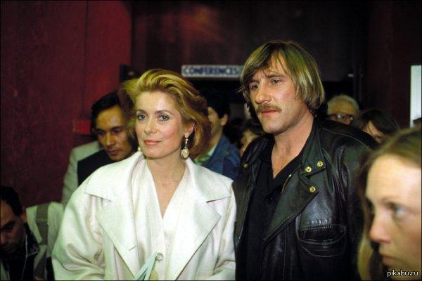 Известный российский актер французского происхождения Каннский фестиваль, молодая Катрин Денёв и Жерар Депардье