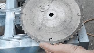 Создание тесака для мяса из старого циркулярного круга 7.52 мб. (полный видос в комментах)