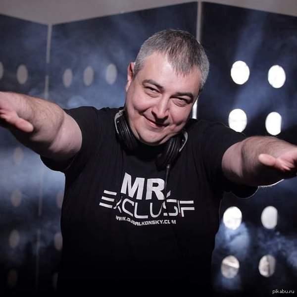 Умер DJ Andrey Balkonsky. Инфа в комментах Один из самых популярных диджеев СНГ Андрей Деркач, более известный как DJ Andrey Balkonsky, умер 28 июня, но об этом прессе стало известно только сейчас.