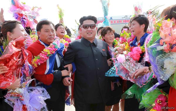Мне кажется это тянет на новый мем Ким Чен Ын  - крутость зашкаливает >.<