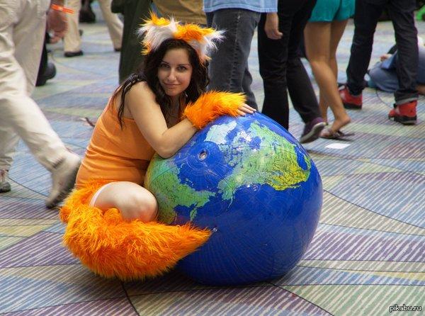 Забавный косплей на Firefox Ну и среди аналогичных косплеев один из самых приличных :3