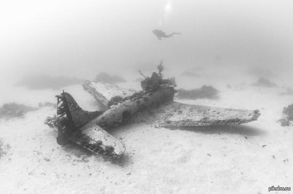 Затонувшие самолёты. Продолжение в посте.