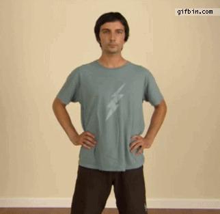 Как максимально быстро снять футболку