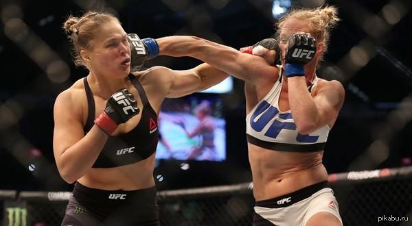 Самый крутой женский бой в истории ММА Если вы пропустили это эпичнейшее зрелище ссылка в комментариях