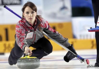 Женская сборная России заняла второе место в турнире по керлингу Не знаю, почему смотрел игру?