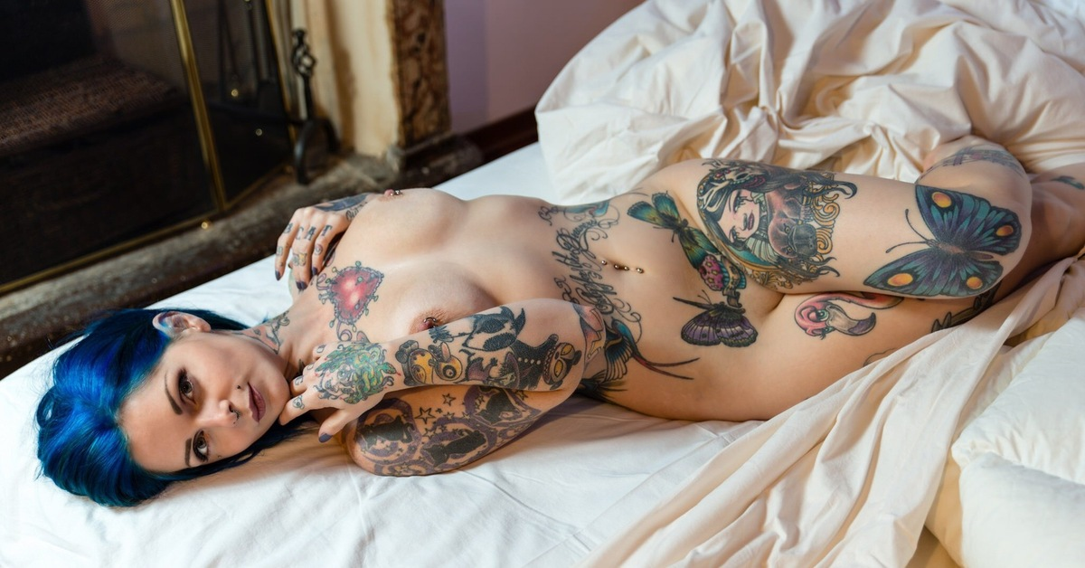 Naked tattoo pics, paparazzi celebrity sex movies