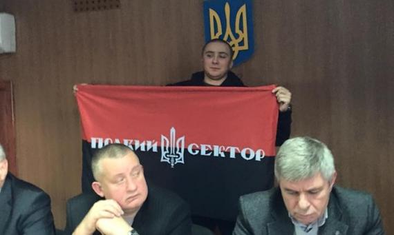 На этих фото все, что вы должны знать о правах человека, законности, демократии и судебной реформе на Украине. Политика, Украина, Одесса дом профсоюзов, Судебная система, Зазеркалье, Правый Сектор, Люстрация, Длиннопост