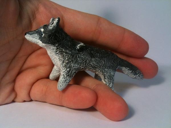Волчик-тотемчик Волк, Миниатюра, Тотем, Узоры, Бархатный пластик, Фигурка