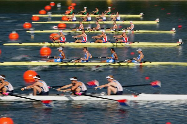 вид спорта на лодках с веслами это