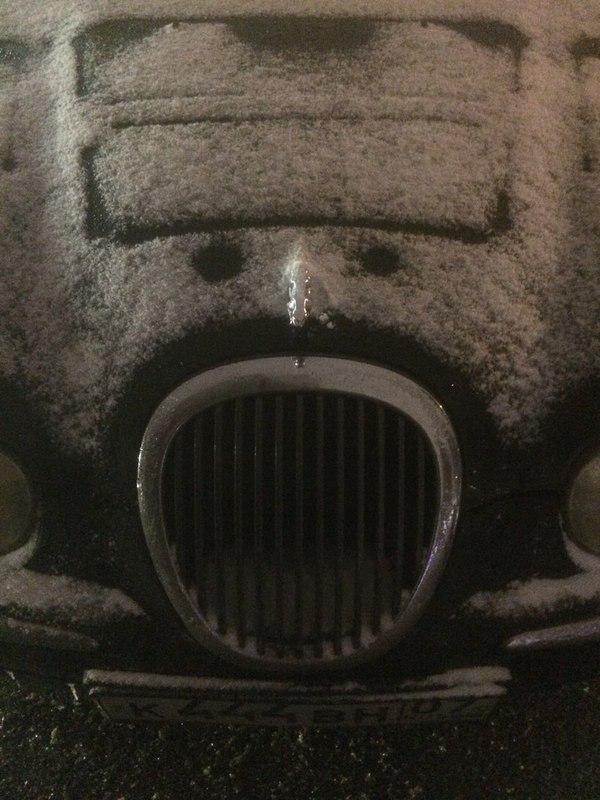 Почти идеальный заголовок Ягуар, Авто, Снег