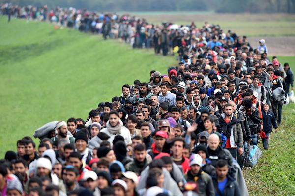 ПЕСНЯ МИГРАНТОВ Бахтиёр Ирмухамедов, мигранты, стихи, беженцы, политика, длиннопост