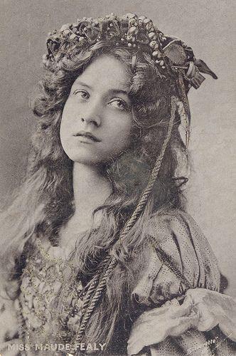 фото 19 века девушки