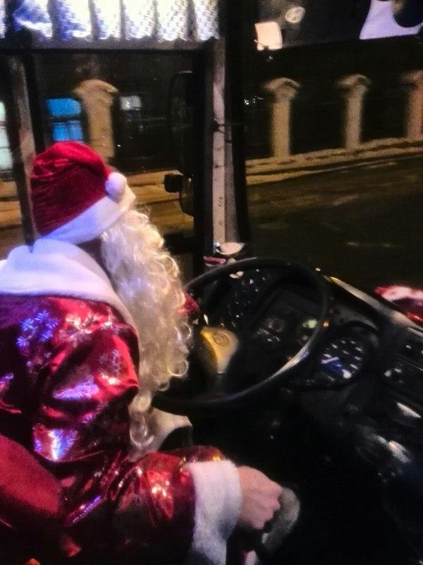 Праздник к нам приходит! Иркутск, Новый Год, маршрутка, Дед Мороз, длиннопост
