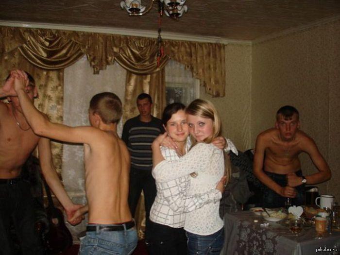 с русскими девушками на хате секс что-то эдакое