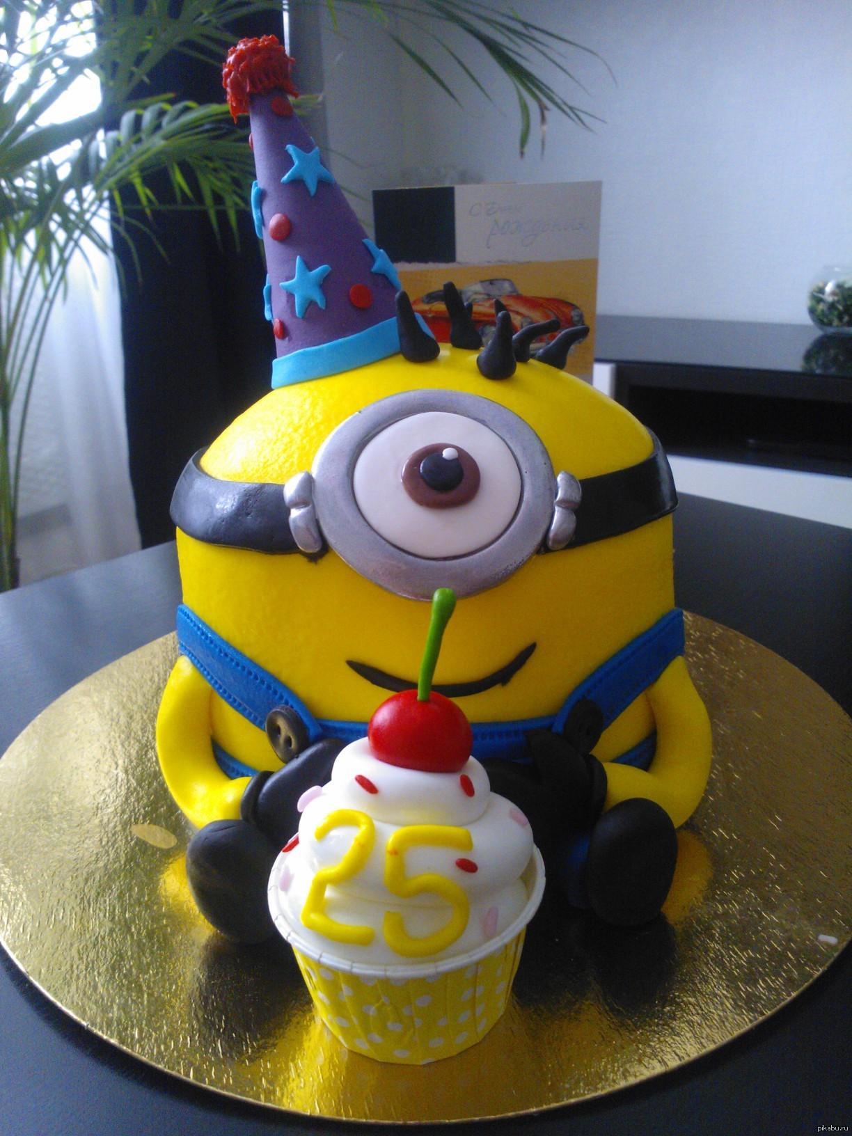 Торт для девочки на день рождения миньон 147