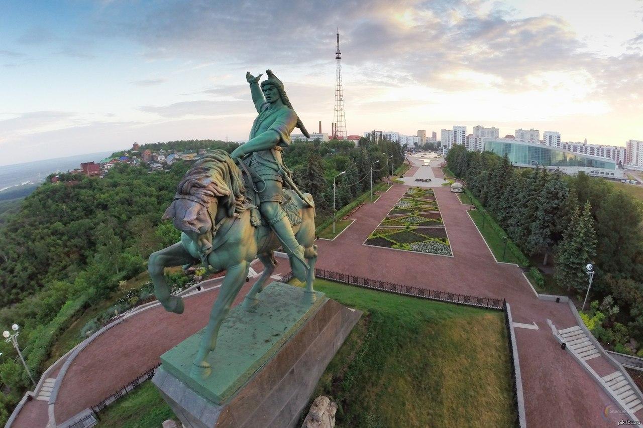 Памятник салавату юлаеву уфа купить памятник гранит киров