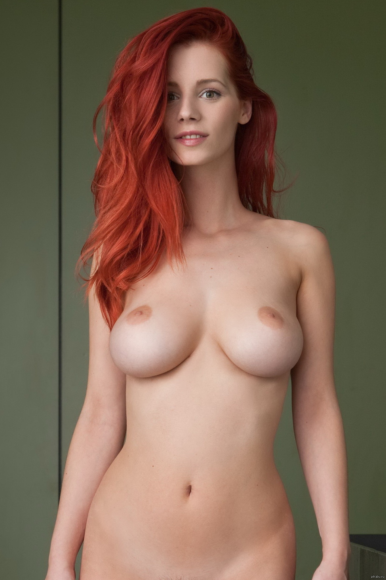 Hottest naked redhead women