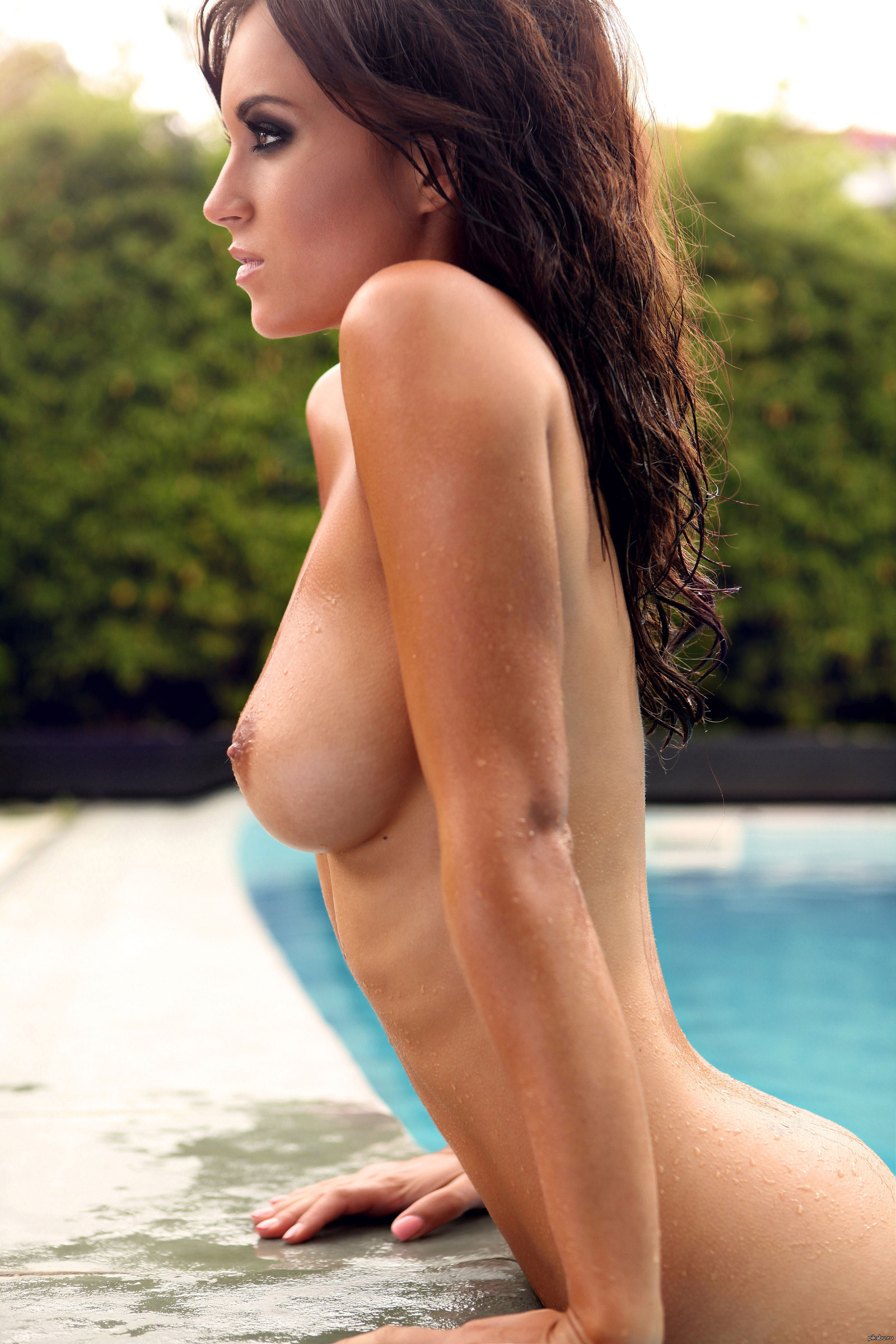 Hot sexy topless girl