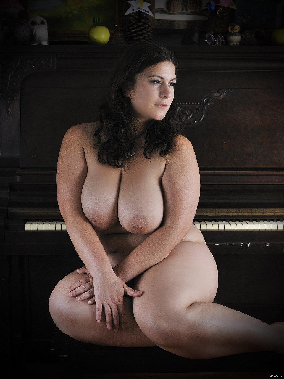 Plus size boobs