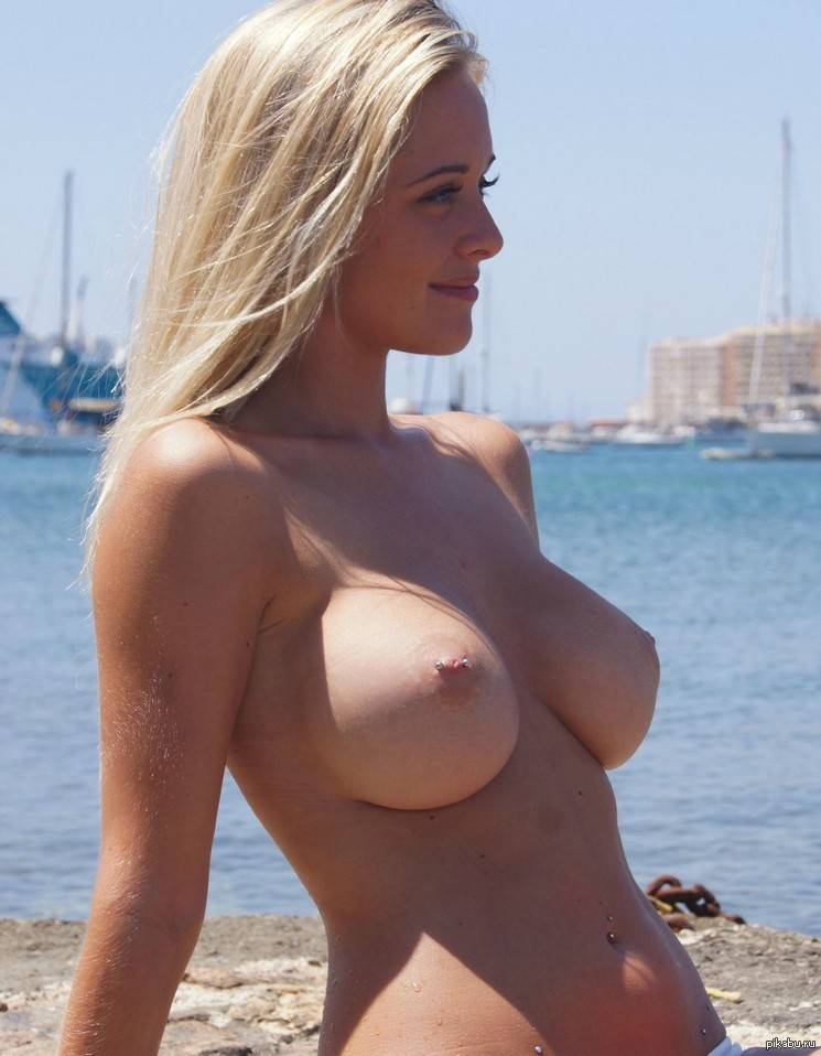 Big boobs at the beach real white girls