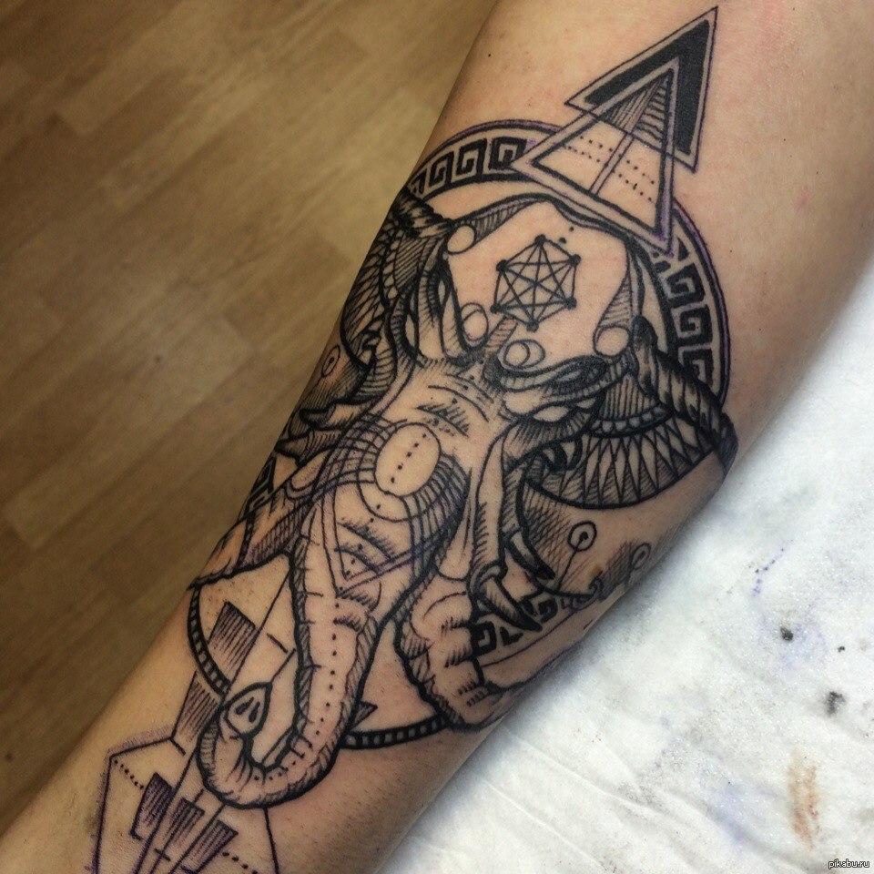 Только большие фото татуировок